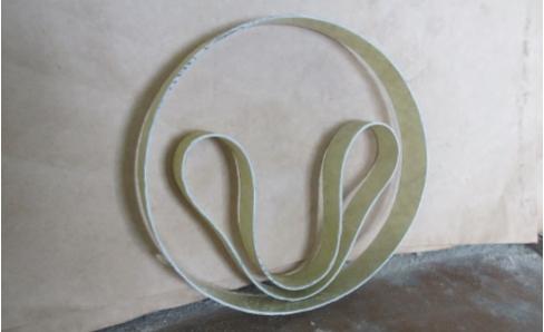 Рис. 3. Конфигурация цилиндрической оболочки в исходном состоянии и в состоянии временного технологического смятия (форма изогнутой гантели)