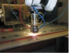 Рис. 4. Лазерная наплавка направляющих плит гиперкомпрессоров