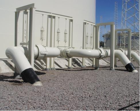 Рис. 1. Компенсация деформаций трубопроводов в резервуарных парках хранения нефти и мазута с применением сильфонных компенсаторов