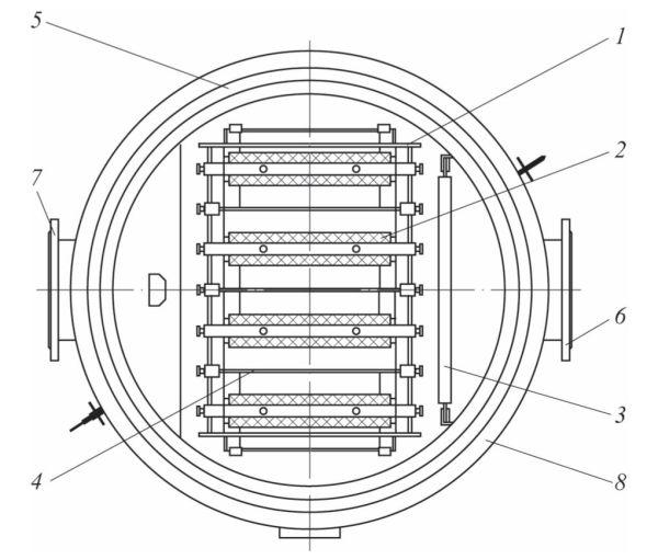 Рис. 3. Основные элементы аппарата: 1 – электродная кассета; 2 – графитированный анод; 3 – ограничитель потока; 4 – стальной катод; 5 – корпус аппарата; 6 – фланец входа; 7 – фланец выхода; 8 – фланец крышки