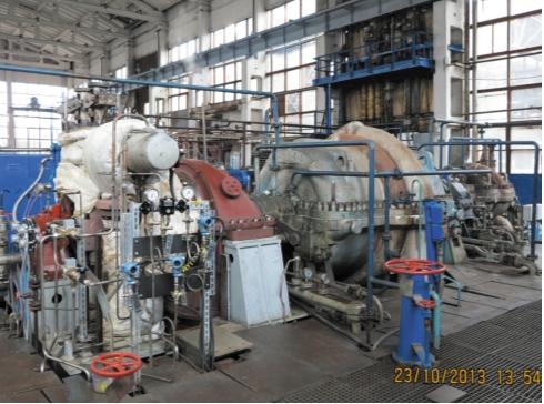 Рис. 8. Турбокомпрессор, готовый к пуску, с элементами системы регулирования, смонтированными на турбине