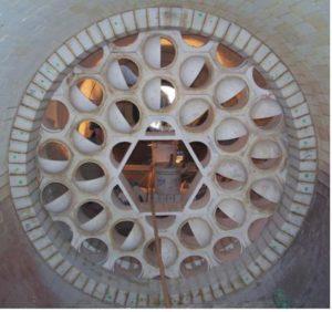 Смонтированная перегородка VECTORWALLтм из шестигранных блоков