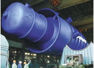 Вакуумная колонна диаметром 8,5 м, массой 366 т