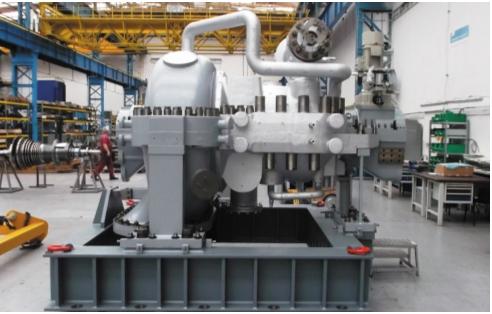 Рис. 5. Сборка новой турбины Siemens SST-300 компрессора воздуха для ОАО «Дорогобуж», Россия