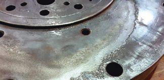 Рис. 3. Общий вид разрушения поверхности переходника после промывки водой под давлением